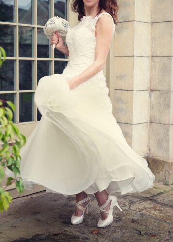 bride wearing a weeding dress